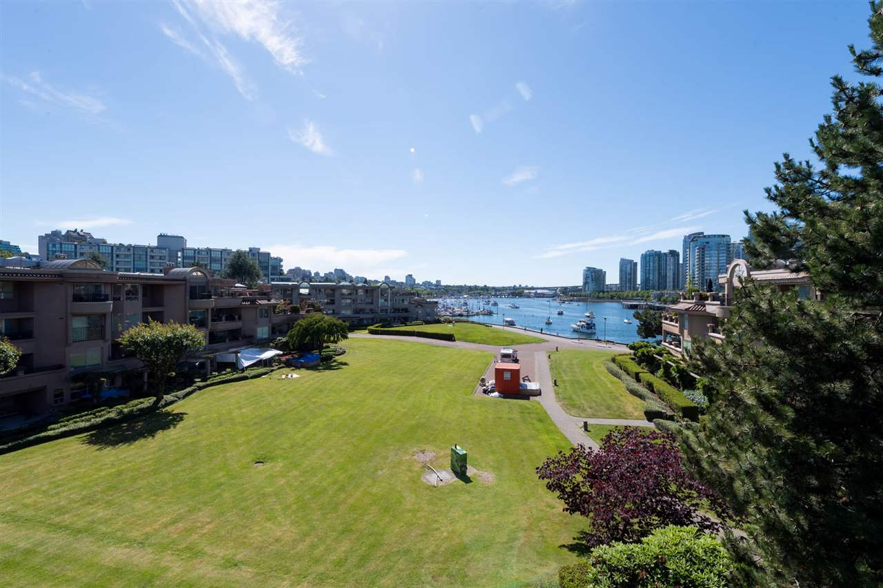 Condo Apartment at 405 1869 SPYGLASS PLACE, Unit 405, Vancouver West, British Columbia. Image 2
