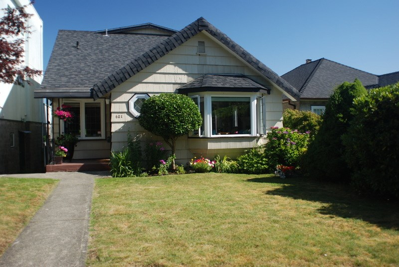 Detached at 621 W 26TH AVENUE, Vancouver West, British Columbia. Image 1