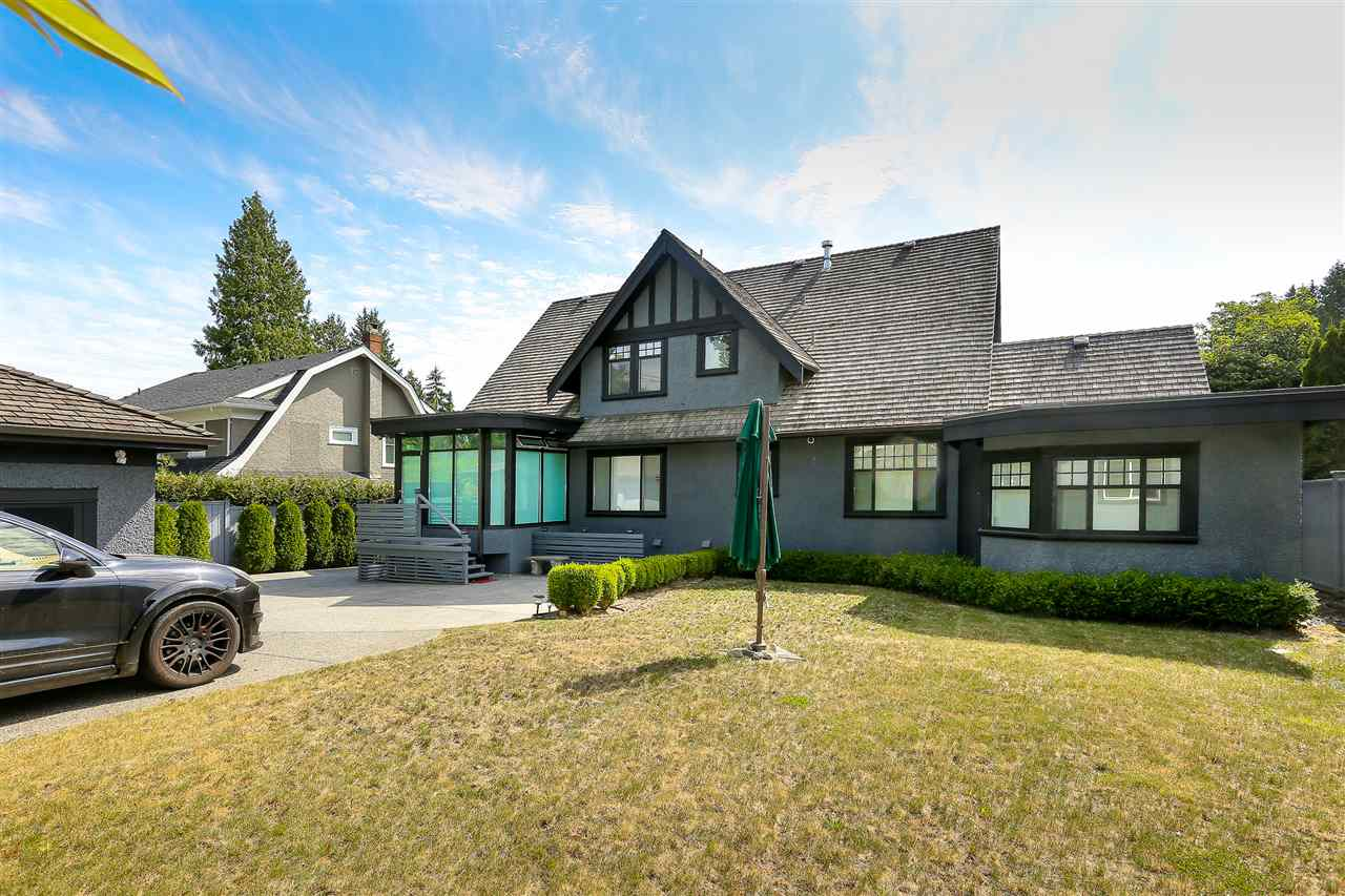 Detached at 5361 CYPRESS STREET, Vancouver West, British Columbia. Image 2