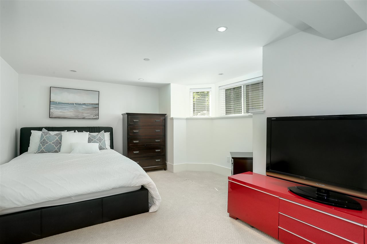 Detached at 5361 CYPRESS STREET, Vancouver West, British Columbia. Image 19