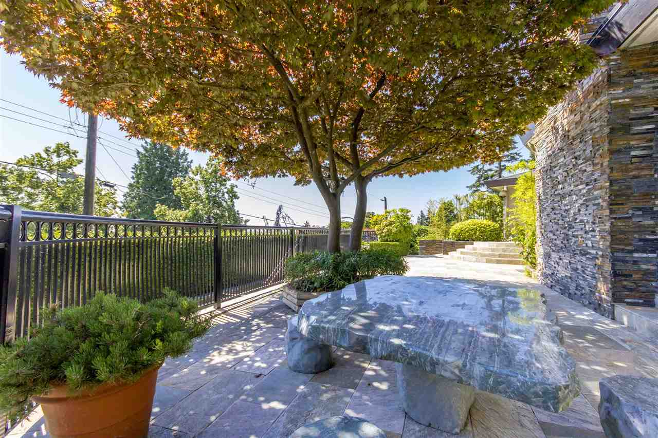 Detached at 2425 SW MARINE DRIVE, Vancouver West, British Columbia. Image 3