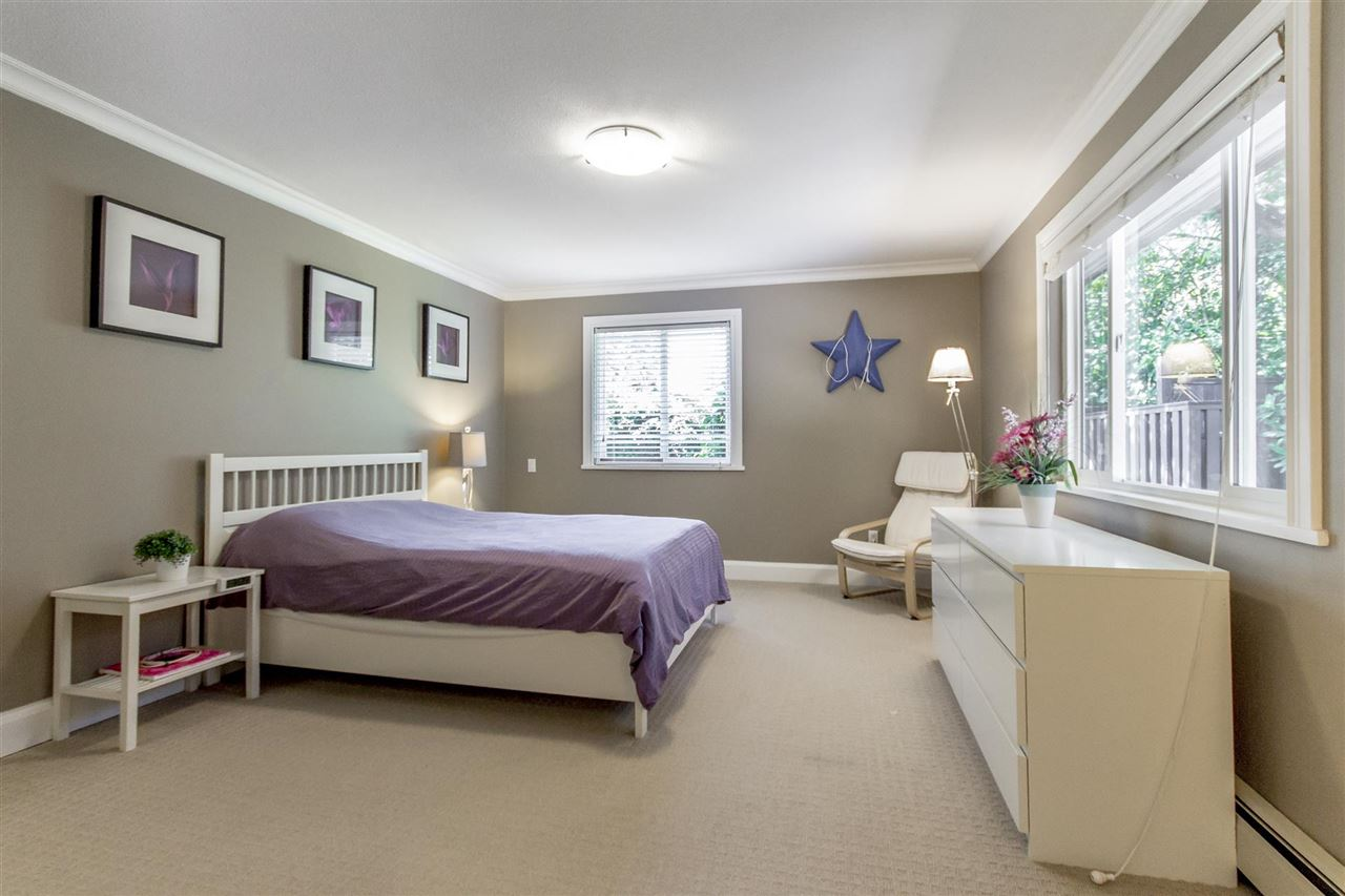 Detached at 2425 SW MARINE DRIVE, Vancouver West, British Columbia. Image 16