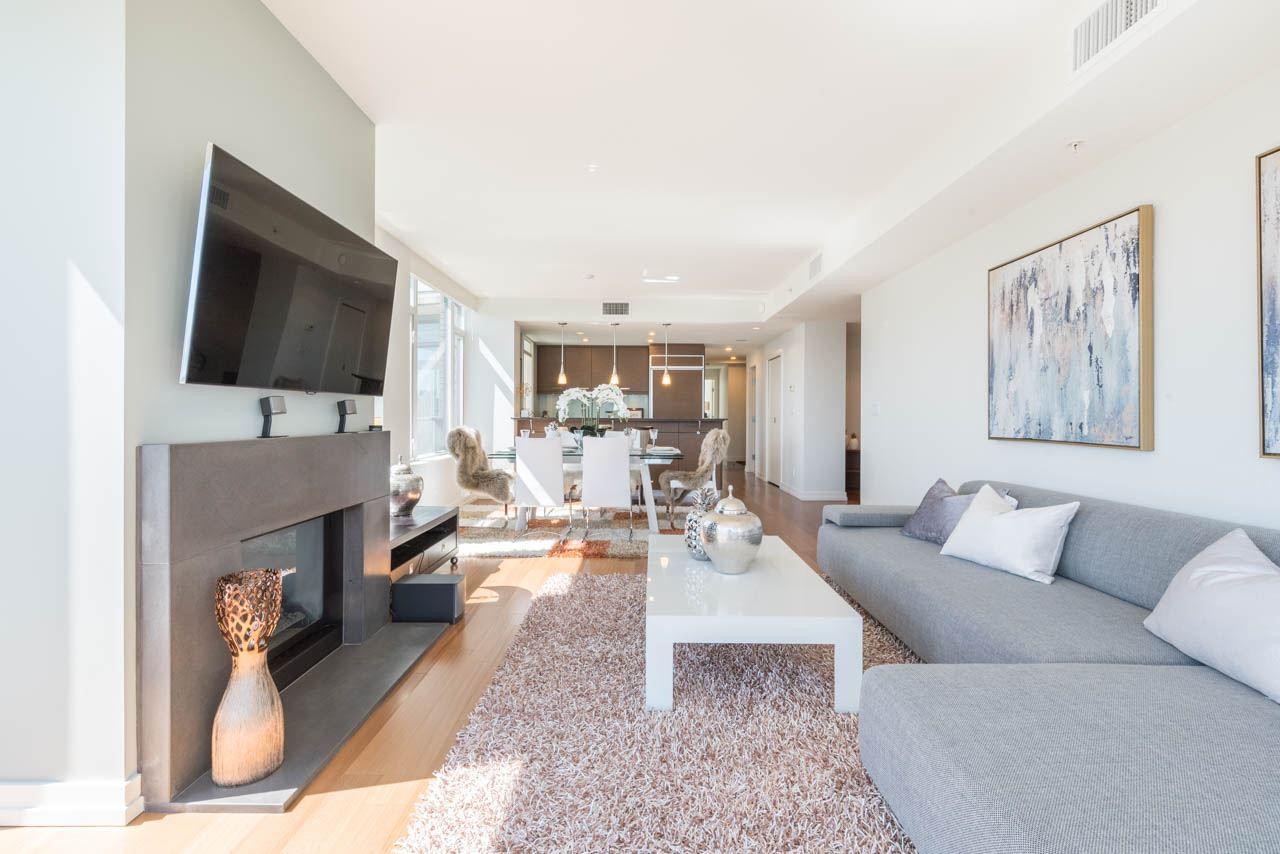 Condo Apartment at 1502 1925 ALBERNI STREET, Unit 1502, Vancouver West, British Columbia. Image 3