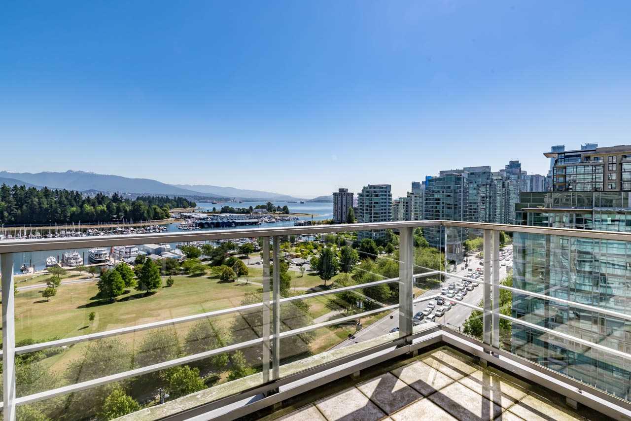 Condo Apartment at 1502 1925 ALBERNI STREET, Unit 1502, Vancouver West, British Columbia. Image 14
