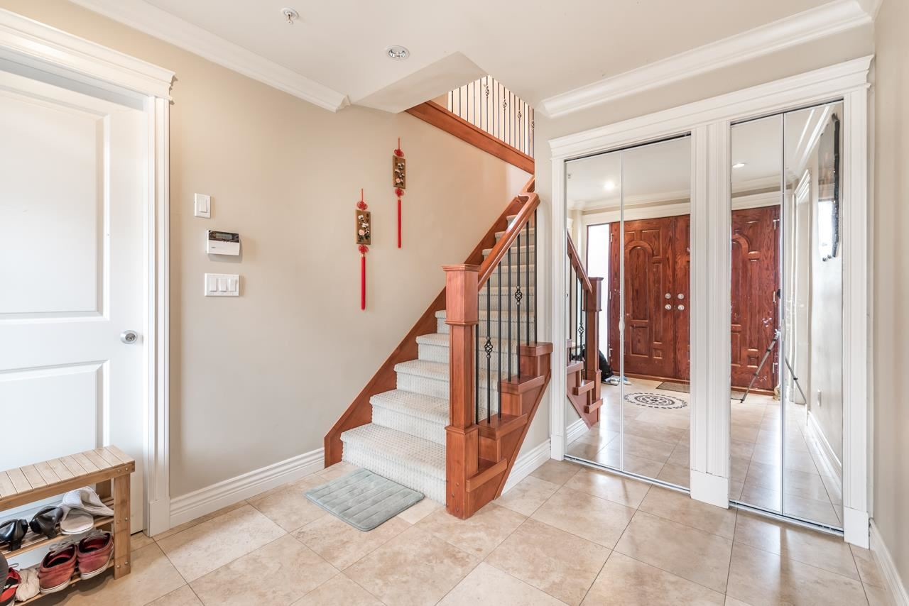 Detached at 830 W 68TH AVENUE, Vancouver West, British Columbia. Image 5