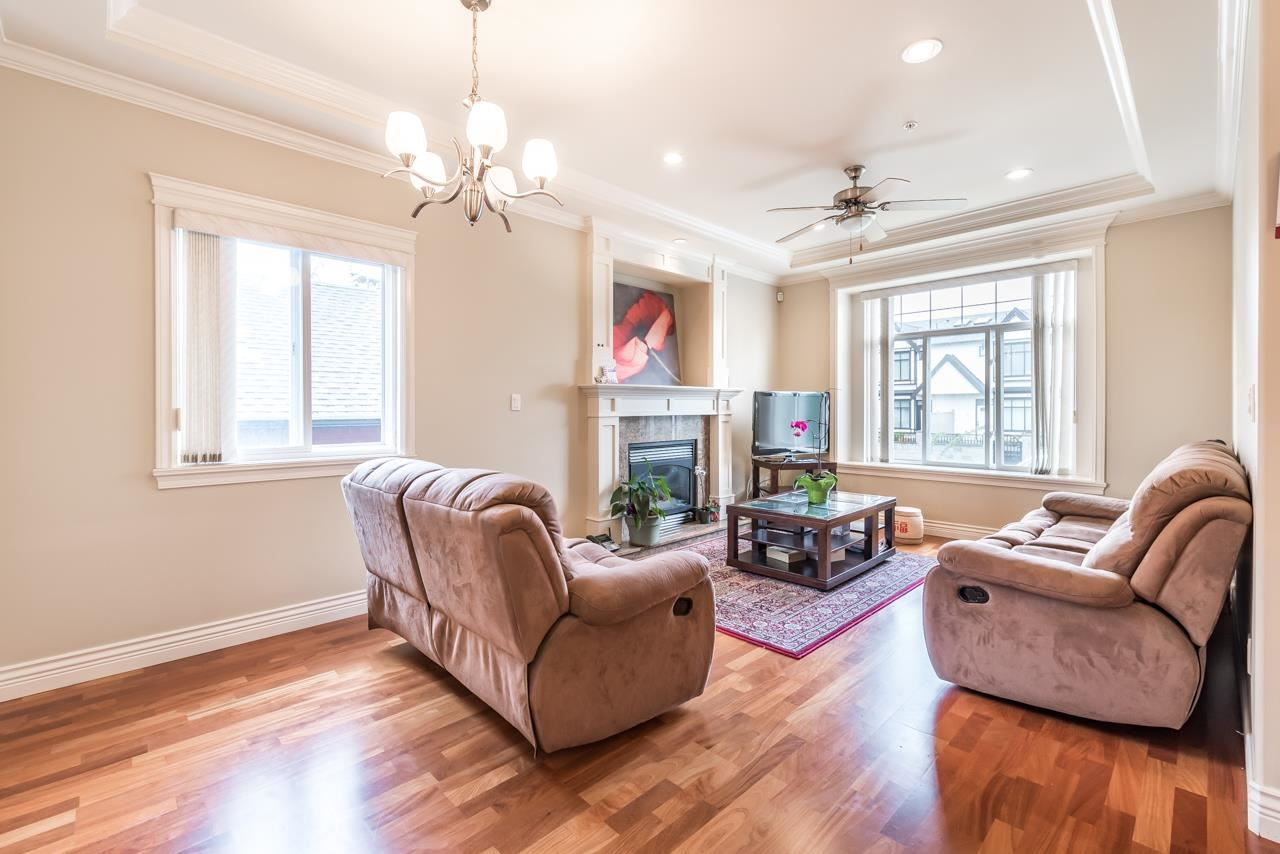 Detached at 830 W 68TH AVENUE, Vancouver West, British Columbia. Image 6