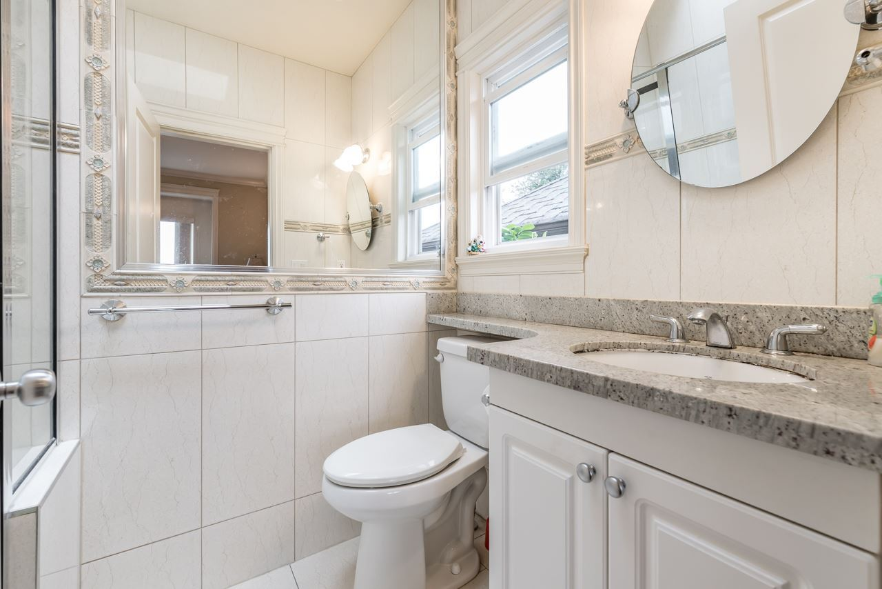 Detached at 830 W 68TH AVENUE, Vancouver West, British Columbia. Image 17