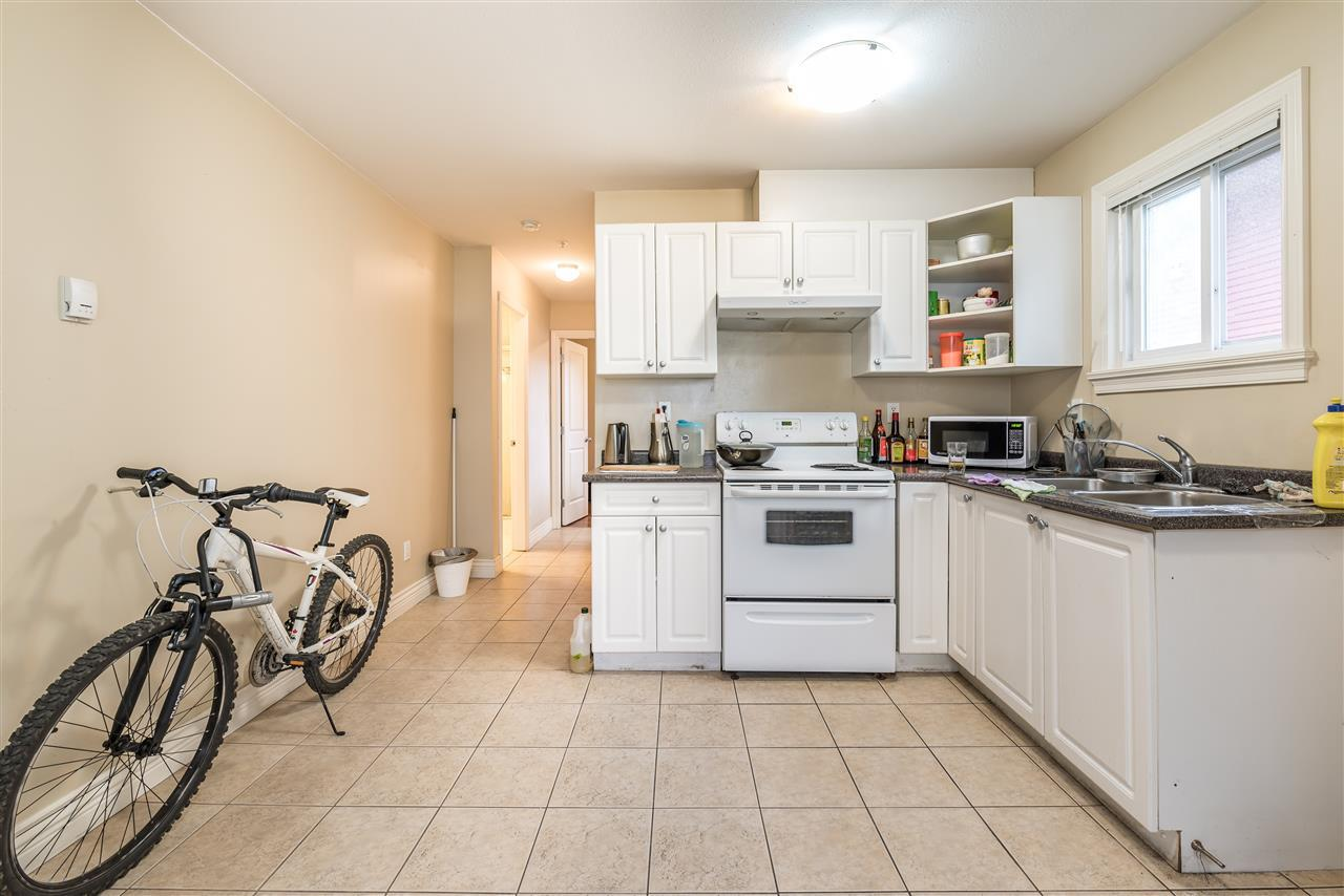 Detached at 830 W 68TH AVENUE, Vancouver West, British Columbia. Image 19