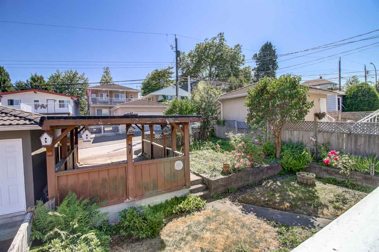 Detached at 2520 E 28TH AVENUE, Vancouver East, British Columbia. Image 15