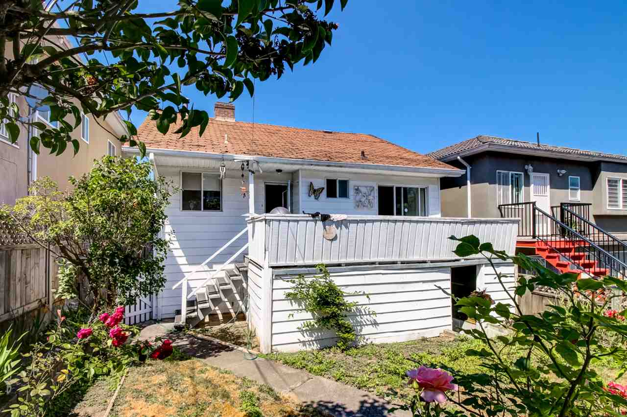 Detached at 2520 E 28TH AVENUE, Vancouver East, British Columbia. Image 17