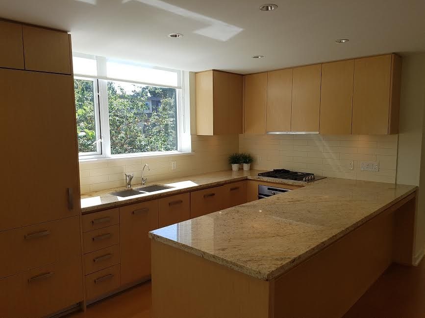 Condo Apartment at 302 5955 BALSAM STREET, Unit 302, Vancouver West, British Columbia. Image 2