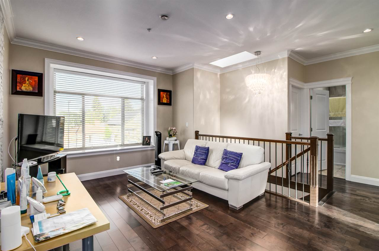 Detached at 4831 KNIGHT STREET, Vancouver East, British Columbia. Image 6