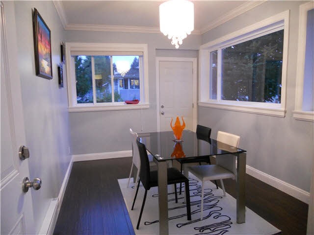 Detached at 4853 INMAN AVENUE, Burnaby South, British Columbia. Image 6