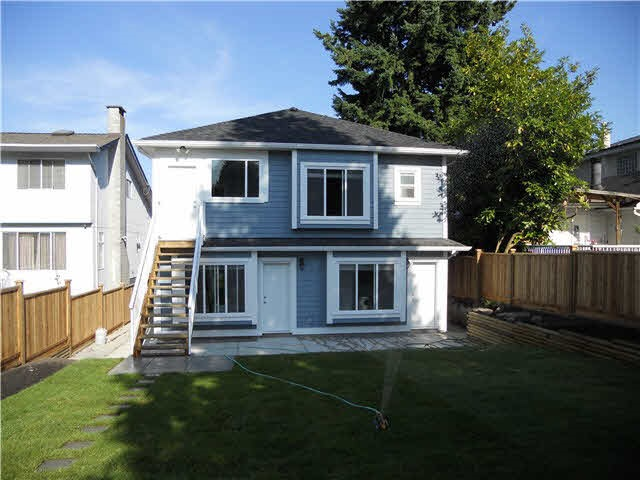 Detached at 4853 INMAN AVENUE, Burnaby South, British Columbia. Image 9
