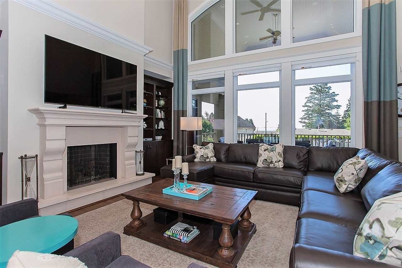 Detached at 13142 14A AVENUE, South Surrey White Rock, British Columbia. Image 4