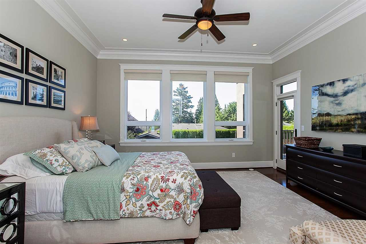Detached at 13142 14A AVENUE, South Surrey White Rock, British Columbia. Image 11