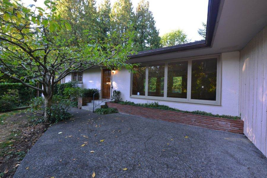 Detached at 435 MACBETH CRESCENT, West Vancouver, British Columbia. Image 11