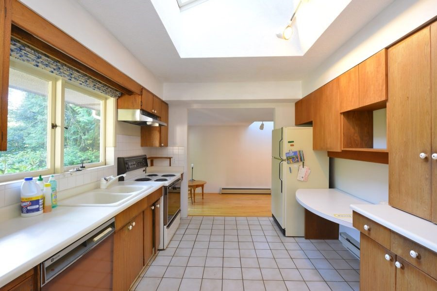 Detached at 435 MACBETH CRESCENT, West Vancouver, British Columbia. Image 13