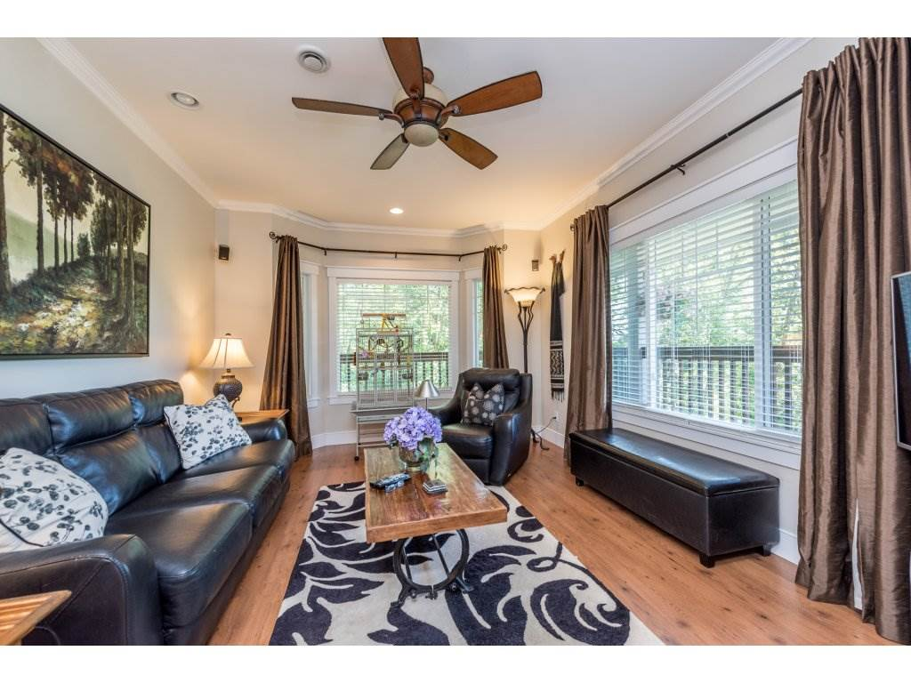 Detached at 12194 269 STREET, Maple Ridge, British Columbia. Image 3