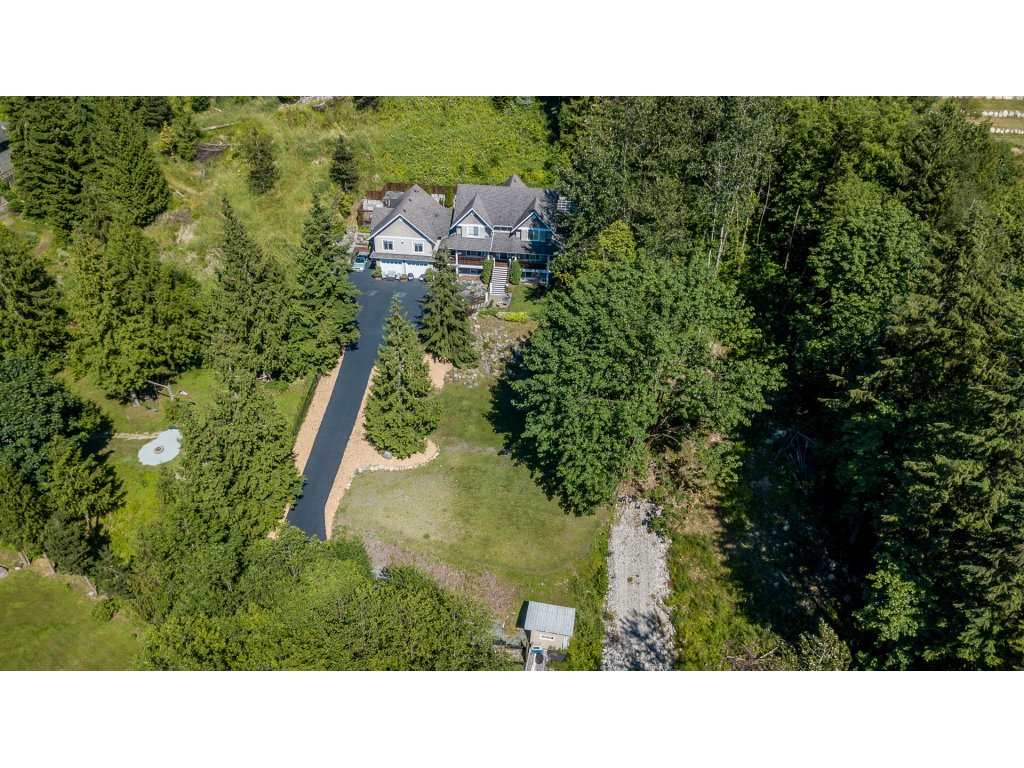 Detached at 12194 269 STREET, Maple Ridge, British Columbia. Image 20