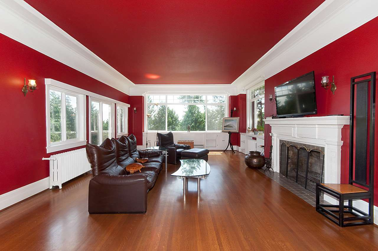 Detached at 4670 PICCADILLY SOUTH ROAD, West Vancouver, British Columbia. Image 9
