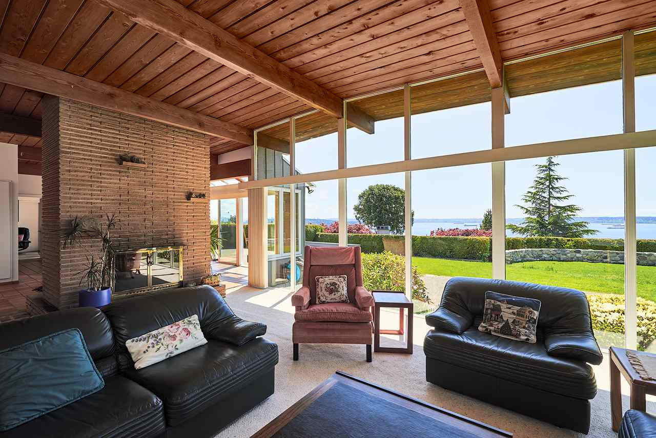 Detached at 2395 PALMERSTON AVENUE, West Vancouver, British Columbia. Image 8