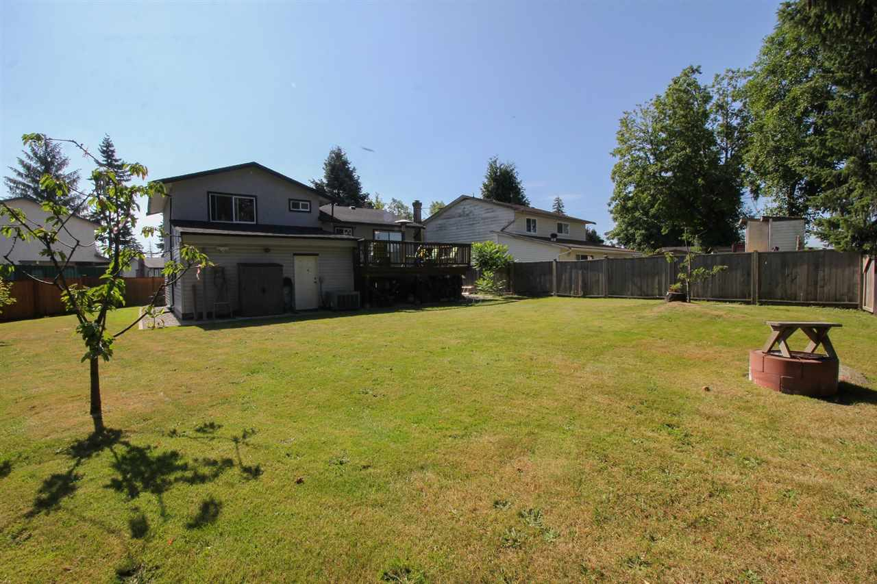 Detached at 7875 126A STREET, Surrey, British Columbia. Image 16