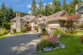 Detached at 4725 THE GLEN, West Vancouver, British Columbia. Image 1