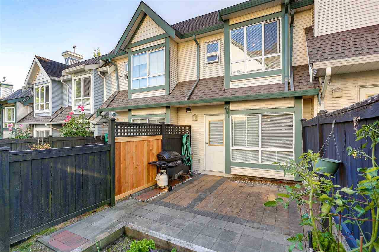 Townhouse at 7480 HAWTHORNE TERRACE, Burnaby South, British Columbia. Image 9