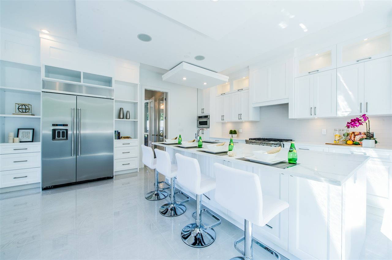 Detached at 13588 15A AVENUE, South Surrey White Rock, British Columbia. Image 1
