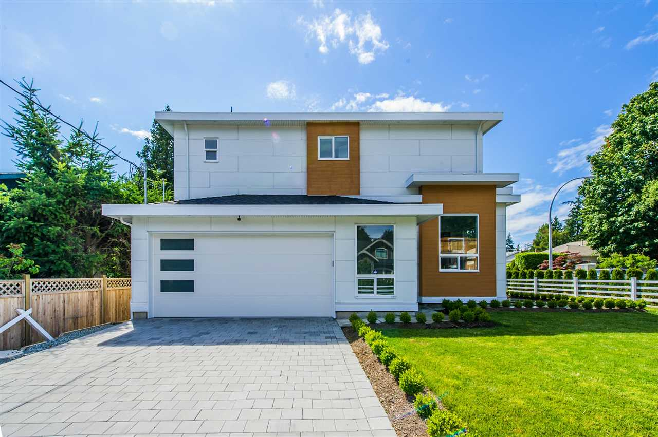Detached at 13588 15A AVENUE, South Surrey White Rock, British Columbia. Image 3