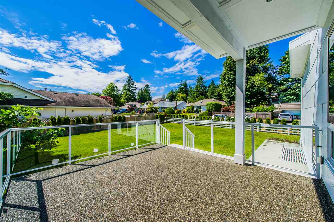 Detached at 13588 15A AVENUE, South Surrey White Rock, British Columbia. Image 20