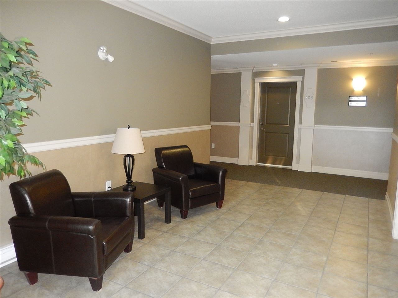 Condo Apartment at 208B 45595 TAMIHI WAY, Unit 208B, Sardis, British Columbia. Image 3