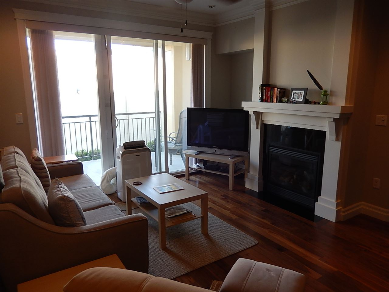 Condo Apartment at 208B 45595 TAMIHI WAY, Unit 208B, Sardis, British Columbia. Image 4