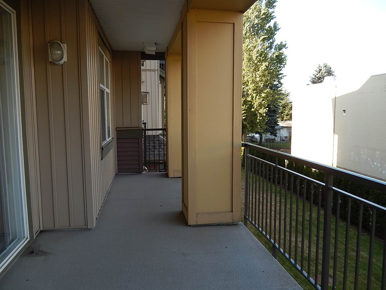 Condo Apartment at 208B 45595 TAMIHI WAY, Unit 208B, Sardis, British Columbia. Image 8
