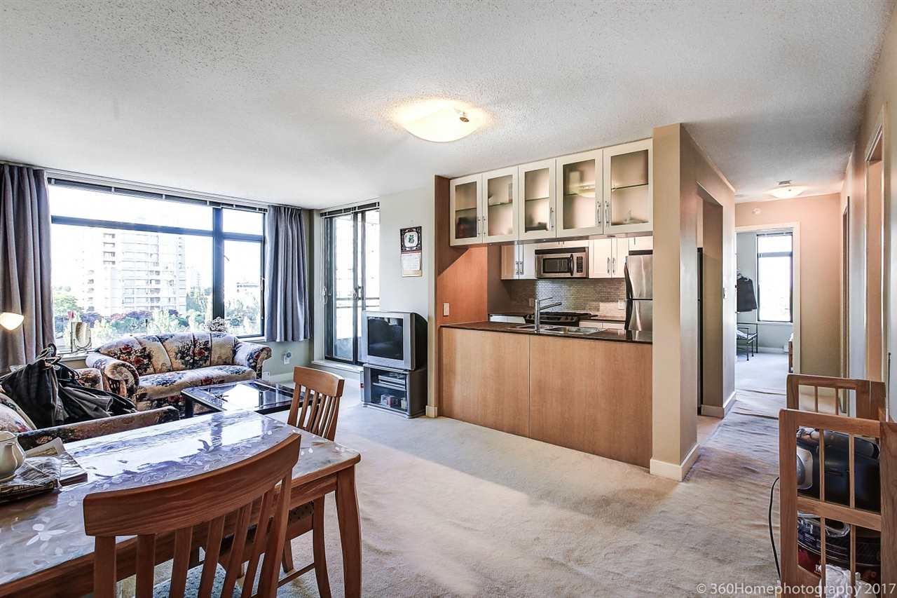 Condo Apartment at 901 6351 BUSWELL STREET, Unit 901, Richmond, British Columbia. Image 2