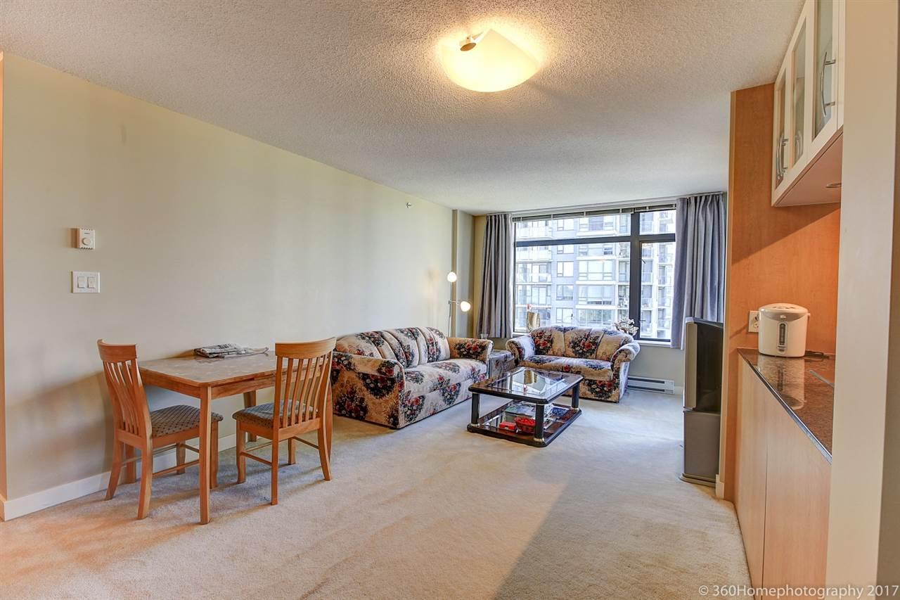 Condo Apartment at 901 6351 BUSWELL STREET, Unit 901, Richmond, British Columbia. Image 3