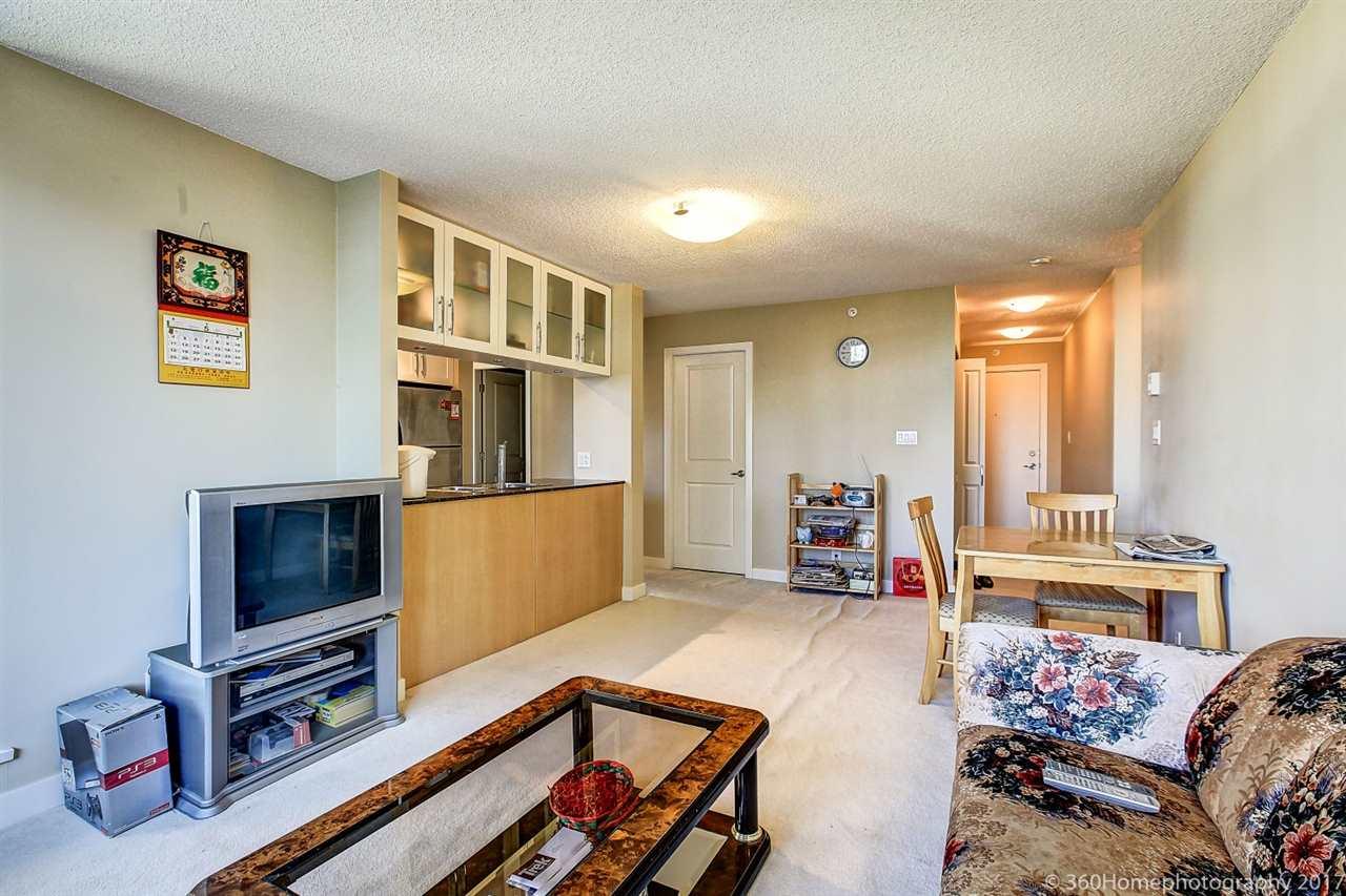 Condo Apartment at 901 6351 BUSWELL STREET, Unit 901, Richmond, British Columbia. Image 4