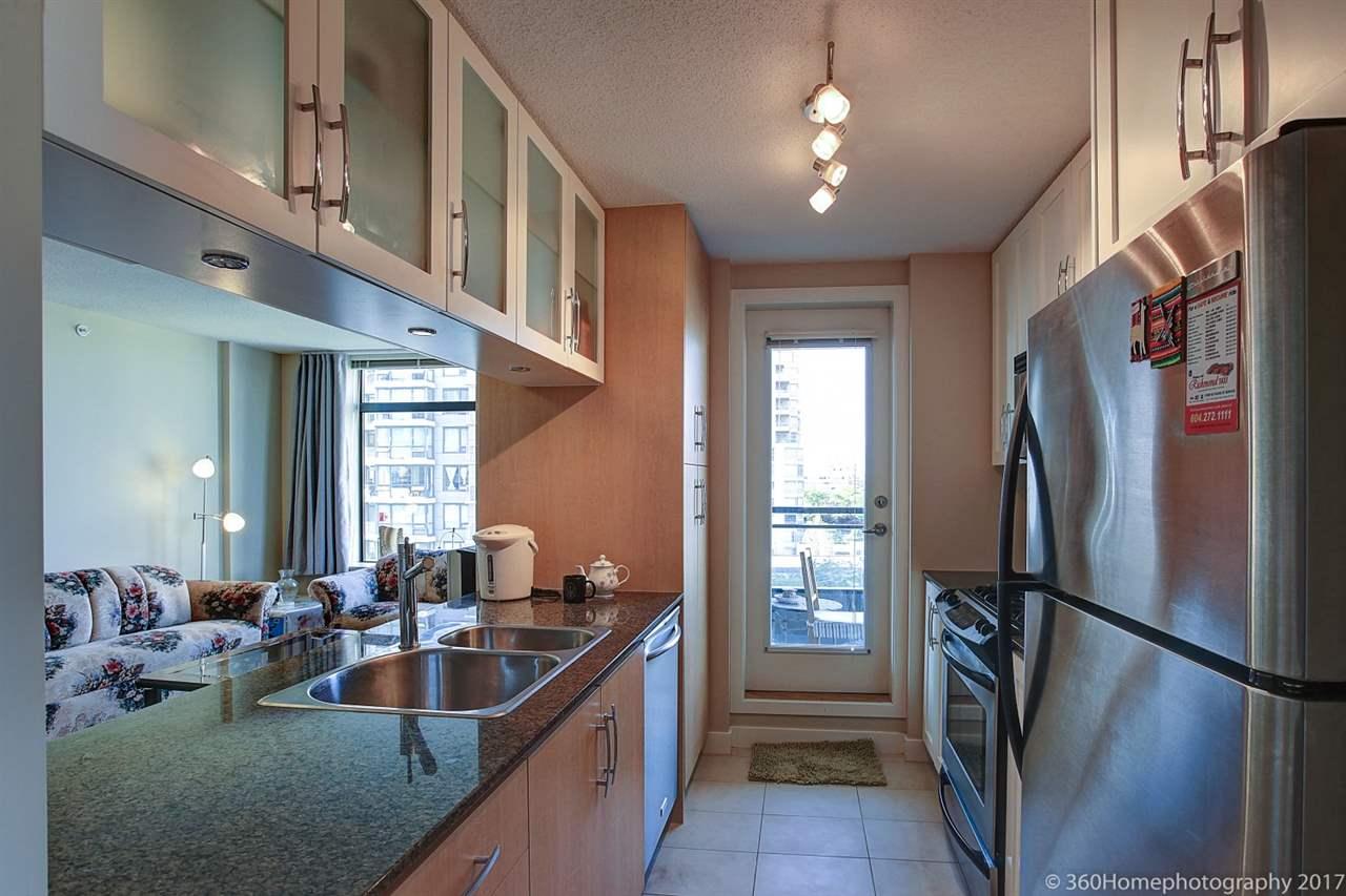 Condo Apartment at 901 6351 BUSWELL STREET, Unit 901, Richmond, British Columbia. Image 5