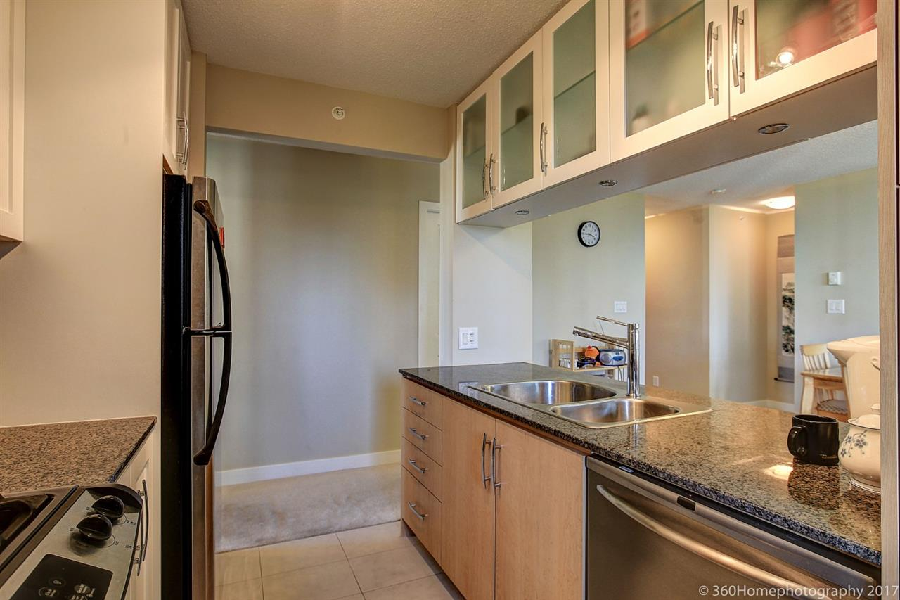 Condo Apartment at 901 6351 BUSWELL STREET, Unit 901, Richmond, British Columbia. Image 7