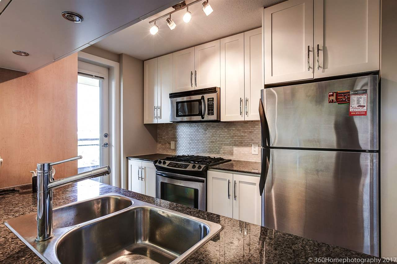 Condo Apartment at 901 6351 BUSWELL STREET, Unit 901, Richmond, British Columbia. Image 8