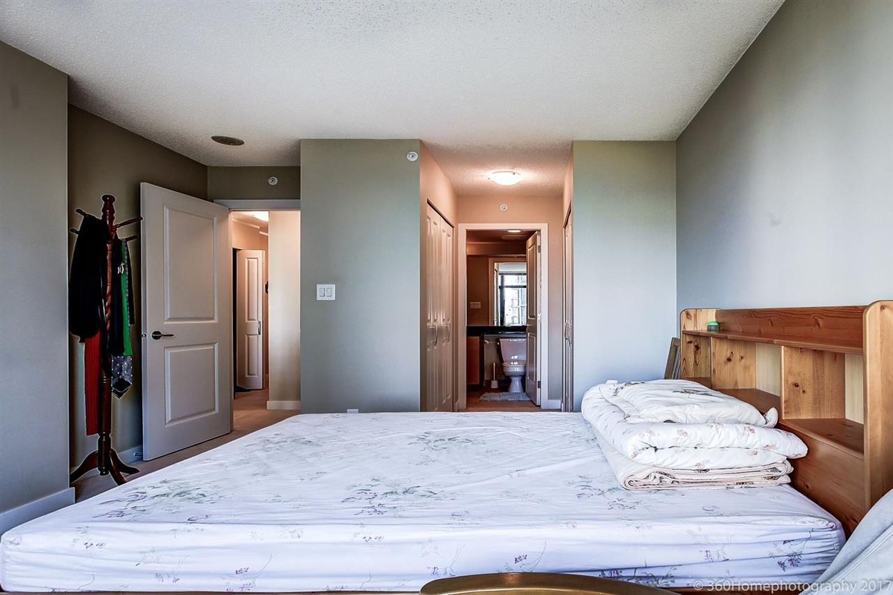 Condo Apartment at 901 6351 BUSWELL STREET, Unit 901, Richmond, British Columbia. Image 13