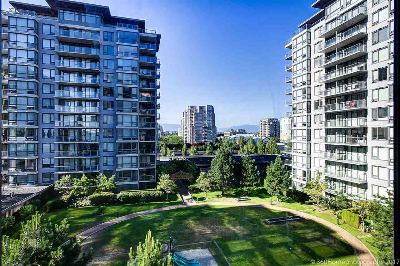 Condo Apartment at 901 6351 BUSWELL STREET, Unit 901, Richmond, British Columbia. Image 17