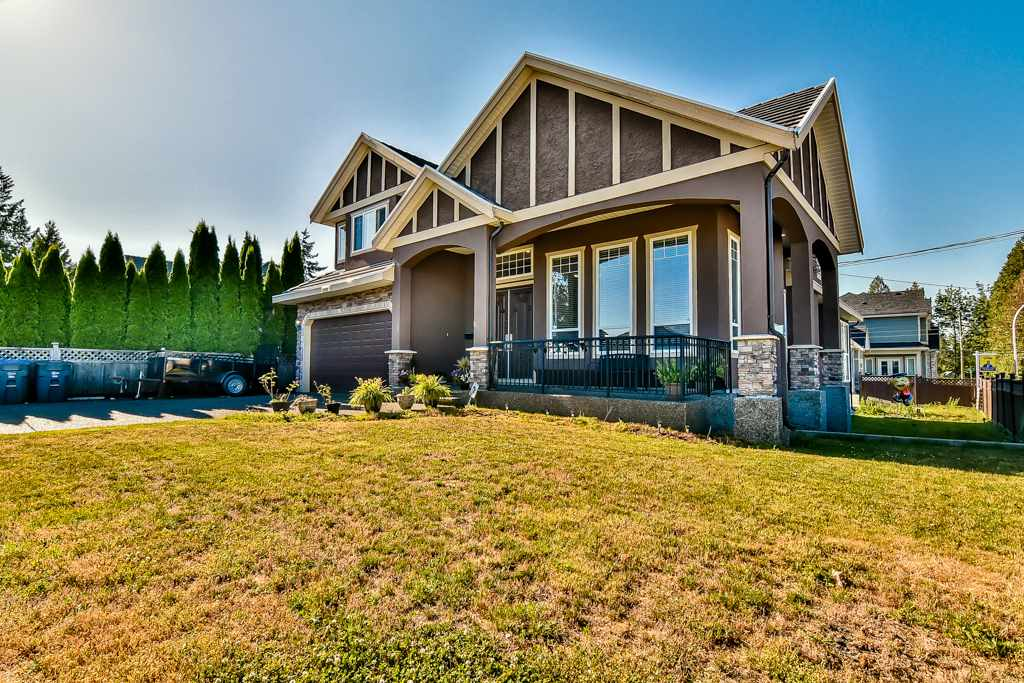 Detached at 14999 71A AVENUE, Surrey, British Columbia. Image 1
