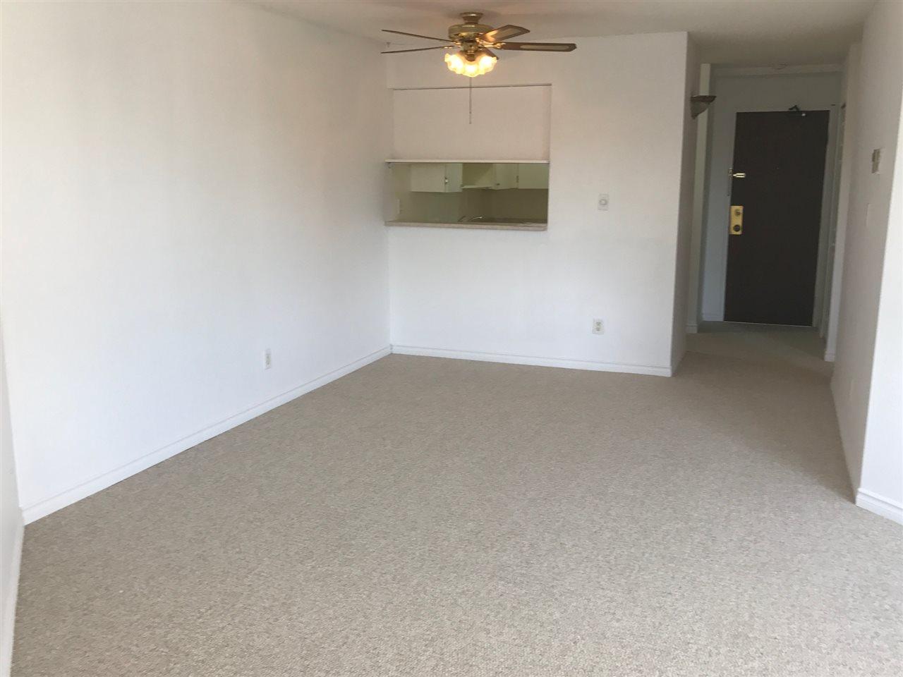 Condo Apartment at 305 5294 204 STREET, Unit 305, Langley, British Columbia. Image 3