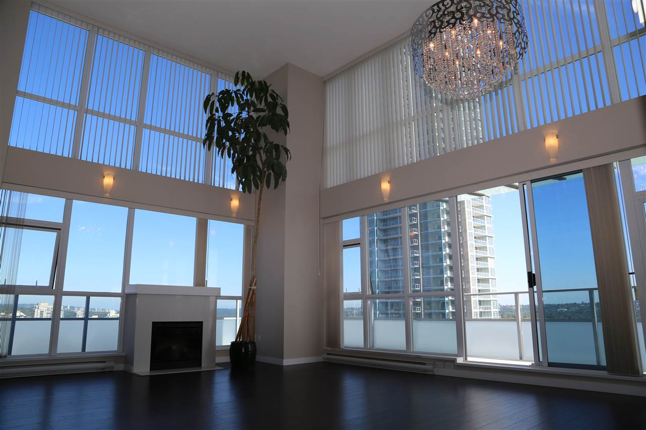 Condo Apartment at 2802 4400 BUCHANAN STREET, Unit 2802, Burnaby North, British Columbia. Image 1