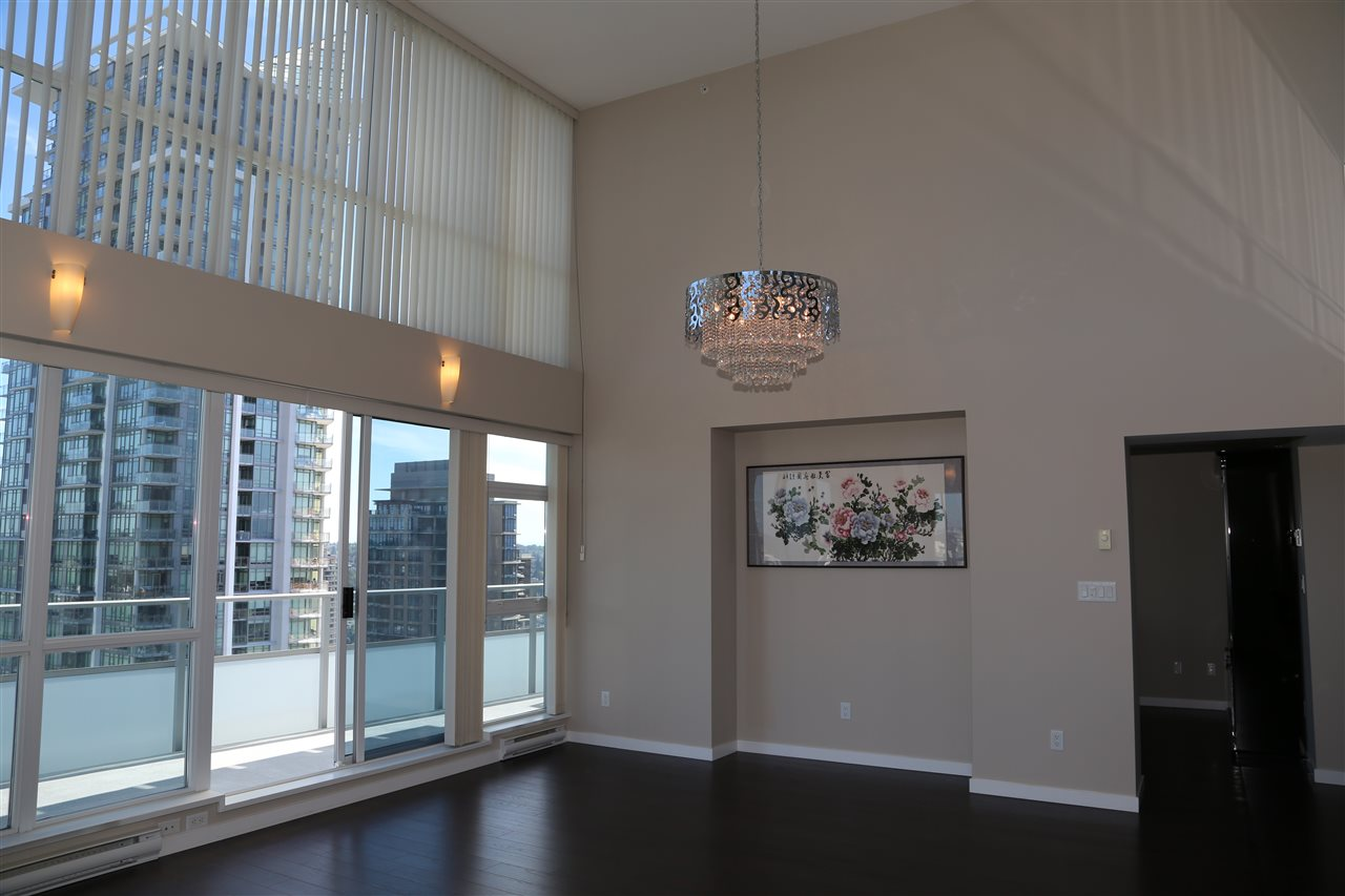 Condo Apartment at 2802 4400 BUCHANAN STREET, Unit 2802, Burnaby North, British Columbia. Image 2