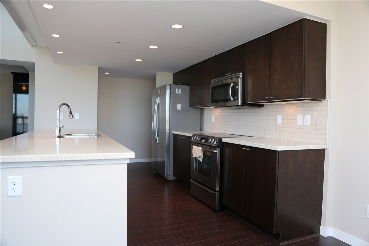 Condo Apartment at 2802 4400 BUCHANAN STREET, Unit 2802, Burnaby North, British Columbia. Image 6