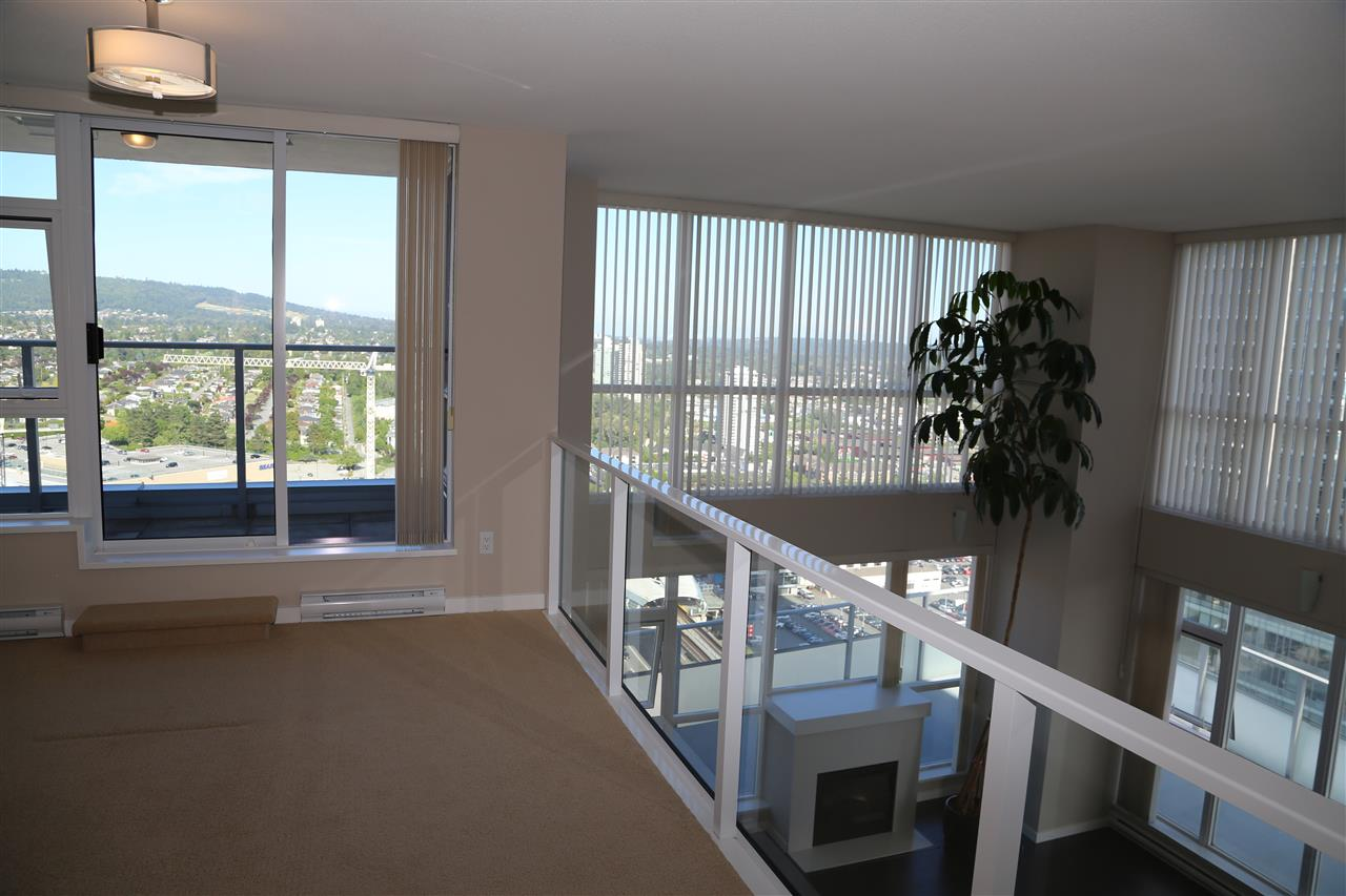 Condo Apartment at 2802 4400 BUCHANAN STREET, Unit 2802, Burnaby North, British Columbia. Image 9