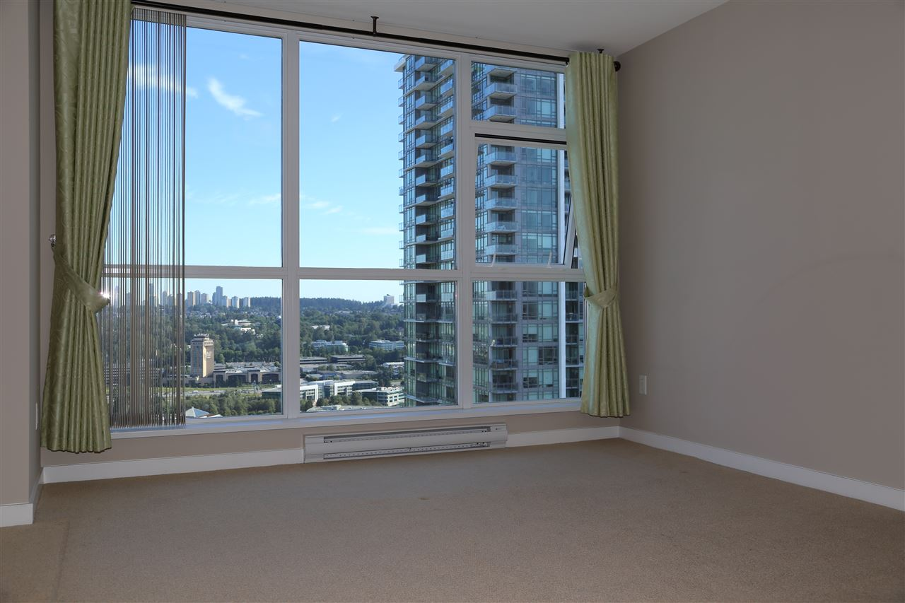 Condo Apartment at 2802 4400 BUCHANAN STREET, Unit 2802, Burnaby North, British Columbia. Image 10
